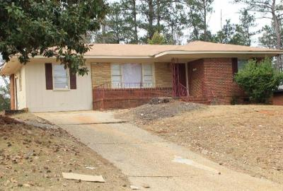 Columbus GA Single Family Home For Sale: $69,900