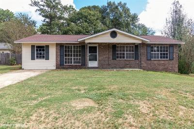 Columbus Single Family Home For Sale: 6112 Raleigh Court