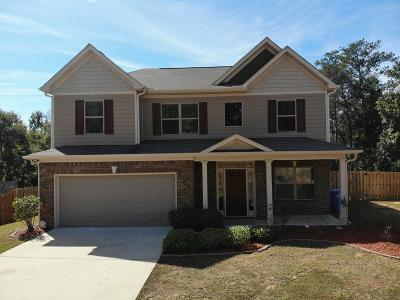 Columbus Single Family Home For Sale: 512 Lakefront Drive