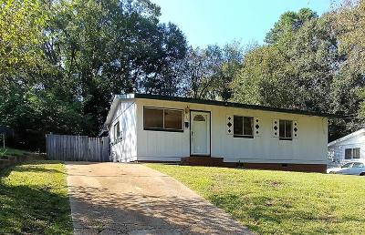Columbus Single Family Home For Sale: 216 47th Street