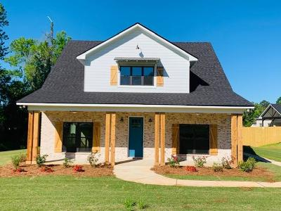 Phenix City Single Family Home For Sale: 2705 Sterling Drive