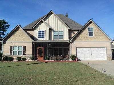 Phenix City Single Family Home For Sale: 74 Misty Forest Drive