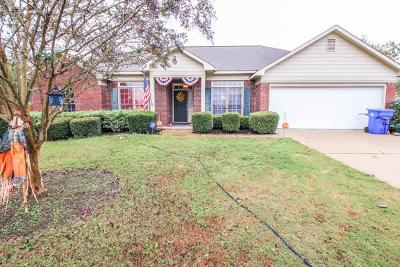 Midland Single Family Home For Sale: 7917 Westlake Drive