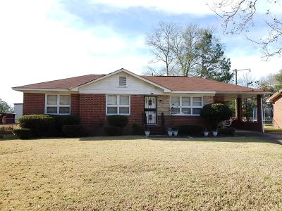 Columbus Single Family Home For Sale: 223 Nightingale Drive