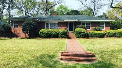Columbus Single Family Home For Sale: 1623 Iris Drive