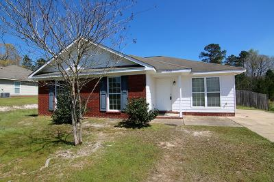 Columbus Single Family Home For Sale: 750 Omega Drive