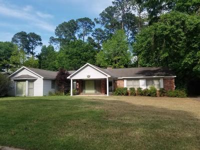Columbus Single Family Home For Sale: 6328 Fox Chapel Drive