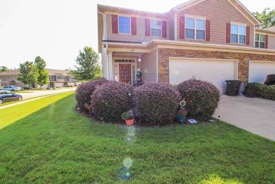 Columbus Single Family Home For Sale: 6098 Townes Way