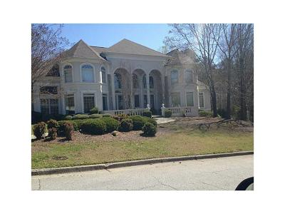 Fulton County Single Family Home For Sale: 8430 Sentinae Chase Drive