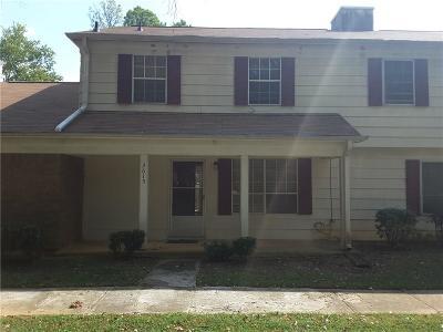 Morrow Condo/Townhouse For Sale: 2615 Stratford Lane