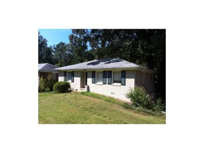 Brookhaven Single Family Home For Sale: 1582 Fearn Circle NE
