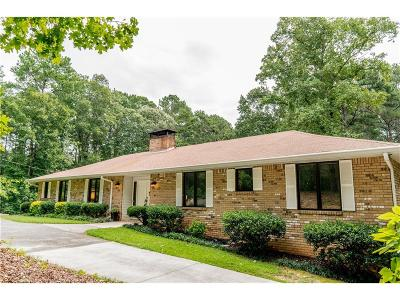 Powder Springs Single Family Home For Sale: 1810 Macland Woods Drive