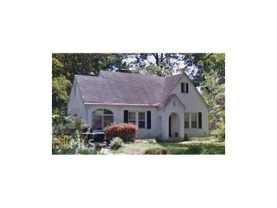 Single Family Home For Sale: 493 Emory Circle