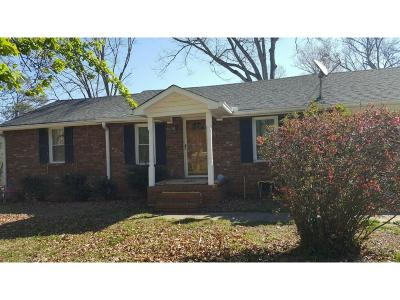 Cobb County Single Family Home For Sale: 702 Cheatham Hill Road SW