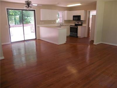 Brookhaven Single Family Home For Sale: 1653 Wayland Circle