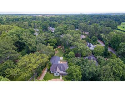 Single Family Home For Sale: 4243 Lakehaven Drive NE
