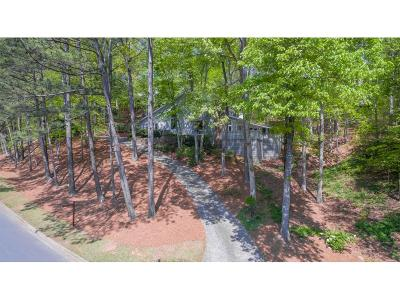 Sandy Springs Single Family Home For Sale: 9660 Huntcliff Trace