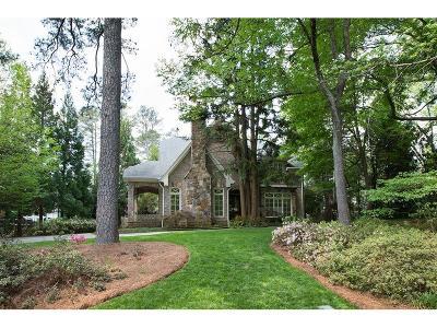 Single Family Home For Sale: 4370 E Brookhaven Drive NE