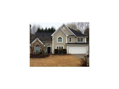 Lawrenceville Single Family Home For Sale: 581 Thornbush Trace