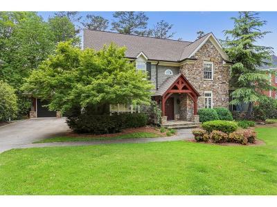 Alpharetta Single Family Home For Sale: 10470 Stanyan Street