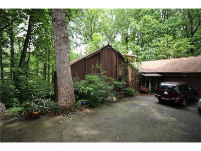 Roswell Single Family Home For Sale: 800 Gable Ridge Road