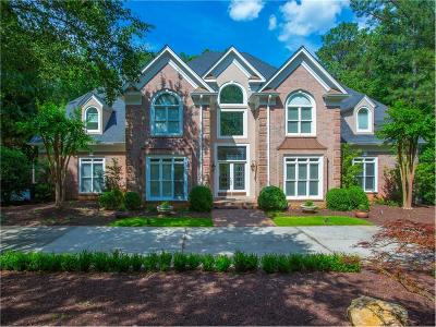 Johns Creek Single Family Home For Sale: 1025 Rockingham Street