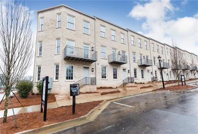Roswell  Condo/Townhouse For Sale: 110 Clover Court #24
