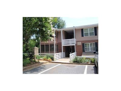 Roswell  Condo/Townhouse For Sale: 222 Quail Run #222