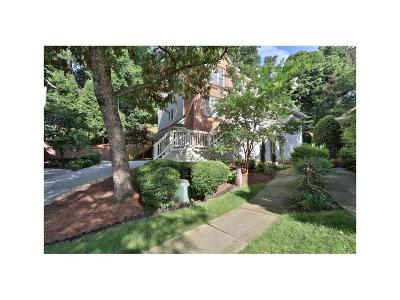 Brookhaven Single Family Home For Sale: 1003 Shady Valley Place