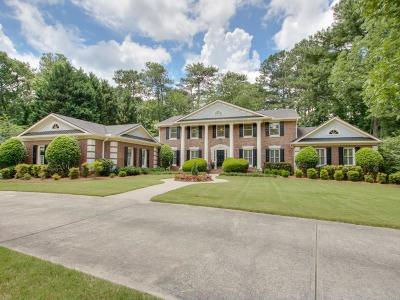 Fulton County Single Family Home For Sale: 3235 Jett Ferry Court