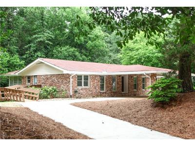 Brookhaven Single Family Home For Sale: 1755 Beverly Woods Court