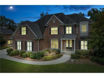 Mableton Single Family Home For Sale: 5127 Parkwood Oaks Lane