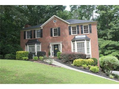 Marietta Single Family Home For Sale: 5241 Pikes Peak Court