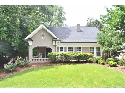 Garden Hills Peachtree Heights, Garden Hills/Delmont Homes, Garden Hills/Peachtree Heights, Peachtree Heights, Peachtree Heights Park, Peachtree Heights West, Peachtree Hills, Peachtree Hills Avenue, Peachtree Hills Place, Peachtree Hills West, Peachtree House, Peachtree Park Single Family Home For Sale: 597 Martina Drive