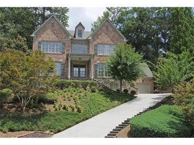 Sandy Springs Single Family Home For Sale: 715 Estate Way