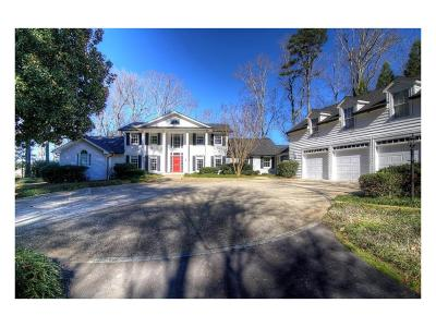 Single Family Home For Sale: 2544 Emerald Drive