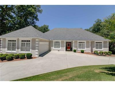 Buford Single Family Home For Sale: 3440 Knollwood Court