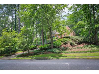 Sandy Springs Single Family Home For Sale: 6155 River Chase Circle