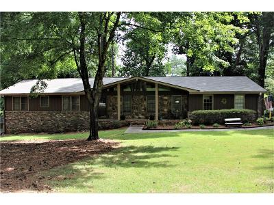 Lilburn Single Family Home For Sale: 2012 Lake Lucerne Drive SW
