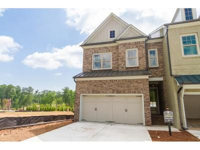 Roswell GA Condo/Townhouse For Sale: $454,900