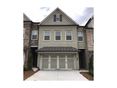 Roswell GA Condo/Townhouse For Sale: $442,900