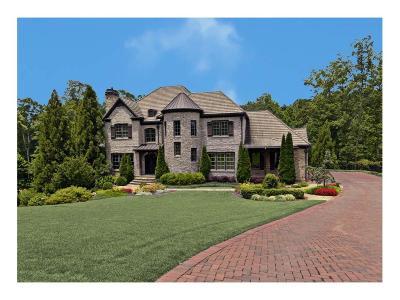 Alpharetta  Single Family Home For Sale: 9720 Almaviva Drive