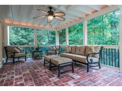 Roswell Single Family Home For Sale: 4470 Woodford Pass NE