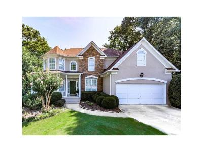 Roswell Single Family Home For Sale: 3225 Foxhall Overlook