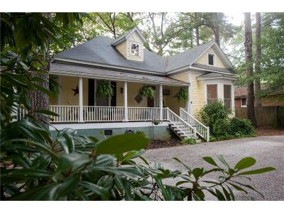 Fulton County Single Family Home For Sale: 160 Bay Street SE