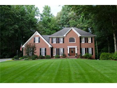 Alpharetta Single Family Home For Sale: 9820 Twingate Drive