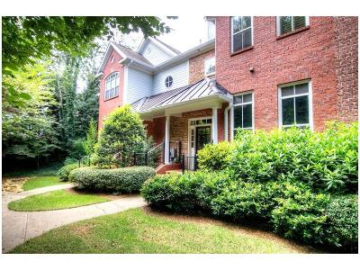 Sandy Springs Condo/Townhouse For Sale: 5432 Glenridge View