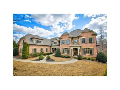 Roswell Single Family Home For Sale: 13142 Overlook Pass
