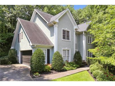 Roswell Single Family Home For Sale: 330 Log House Court