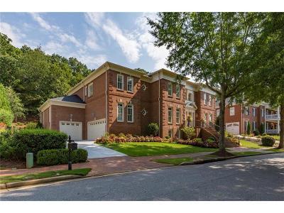 Alpharetta Single Family Home For Sale: 3127 W Addison Drive